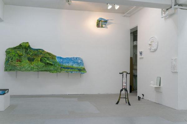 「足下から空を蹴る」百瀬陽子さんの作品
