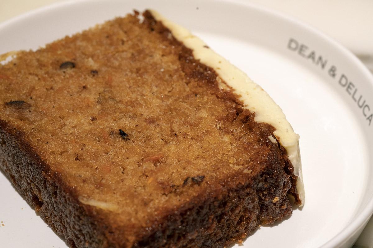DEAN & DELUCAのキャロットケーキ