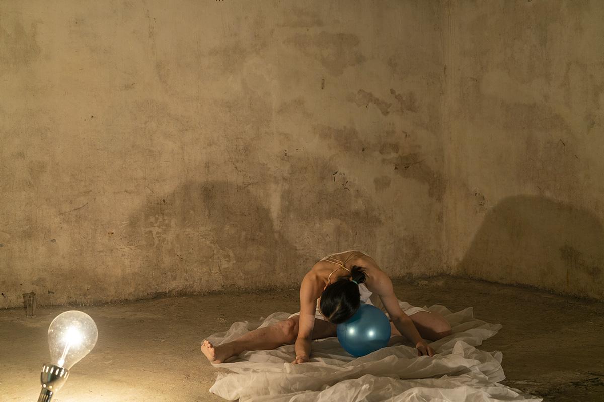 作品「メルクリウスの泉」の7つ目の象徴〜太陽と月の候補作品1