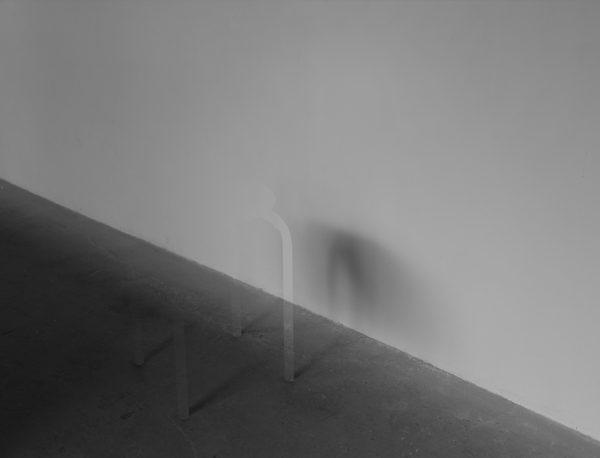不在の影 1